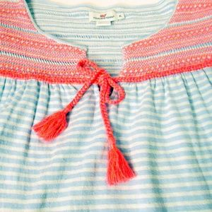 Vineyard Vines Size XL Smocked Peasant Top